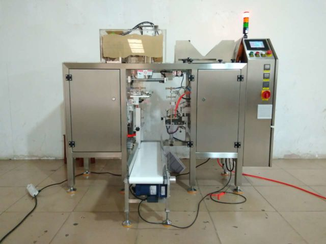 Single Work Station Packaging Machine For Pre-made bags