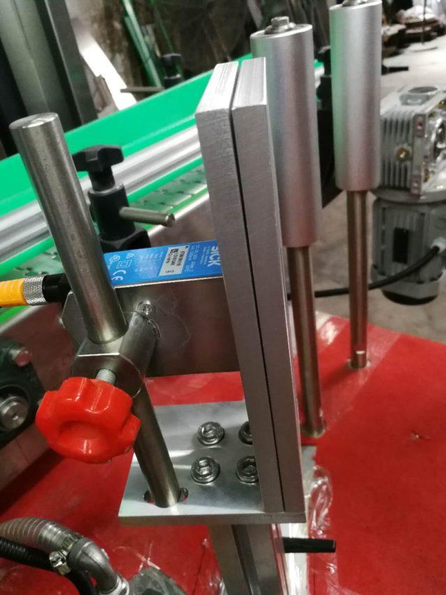 Guiding rolls of the automatic hot melt glue labeling model SBM-HMGL400